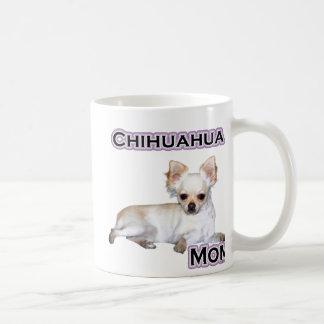 Mamá 4 de la chihuahua taza clásica