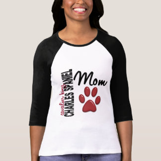 Mamá arrogante 2 del perro de aguas de rey Charles Camisetas