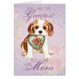 Mamá arrogante del corazón tarjeta de felicitación