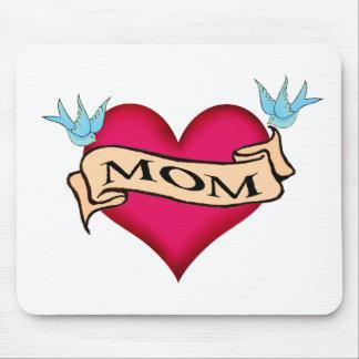 Mamá - camisetas y regalos de encargo del tatuaje tapetes de raton