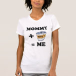 Mamá + cerveza = yo camiseta del bebé