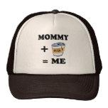 Mamá + cerveza = yo camiseta del bebé gorras