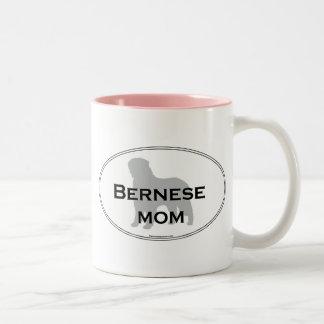 Mamá de Bernese Taza