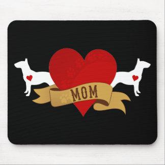 Mamá de bull terrier [estilo del tatuaje] mouse pad