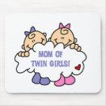 Mamá de chicas gemelos alfombrillas de raton