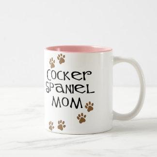 Mamá de cocker spaniel para las mamáes del perro taza de dos tonos
