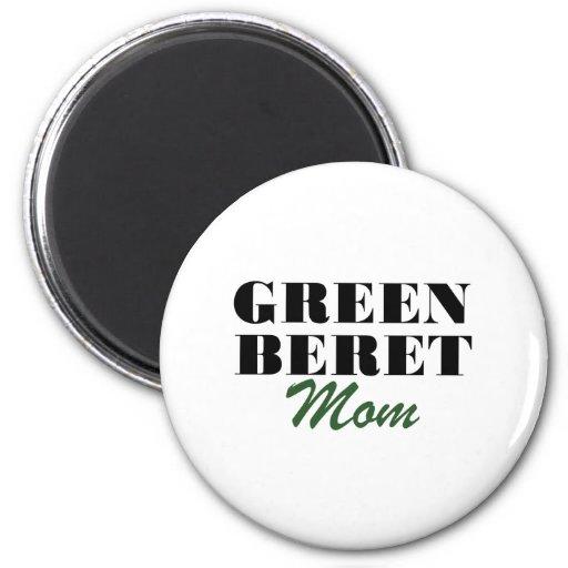 Mamá de la boina verde imán redondo 5 cm