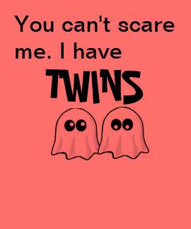 Mamá de la camisa de Halloween de los gemelos