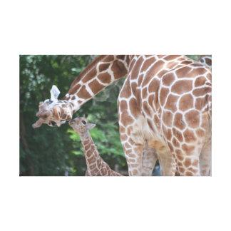 Mamá de la jirafa y poster del bebé impresión en lienzo