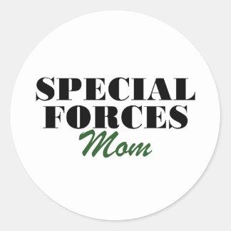 Mamá de las fuerzas especiales pegatina redonda