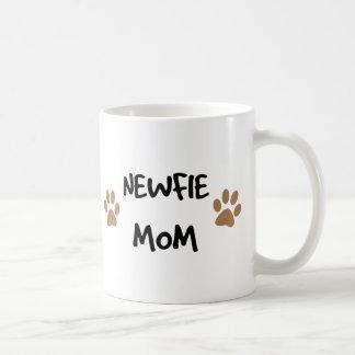 Mamá de Newfie Taza Clásica