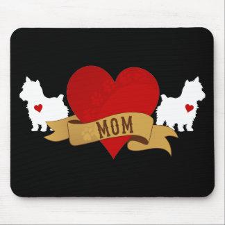 Mamá de Yorkie [estilo del tatuaje] Mousepads