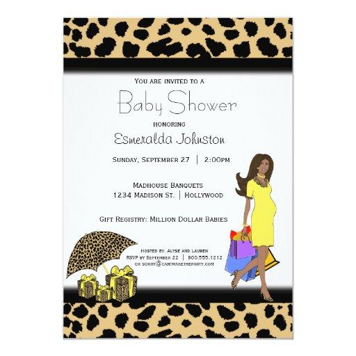 Mamá del afroamericano del leopardo y de la comunicados