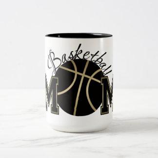 Mamá del baloncesto taza de dos tonos
