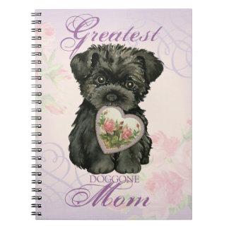 Mamá del corazón del Affenpinscher Spiral Notebook