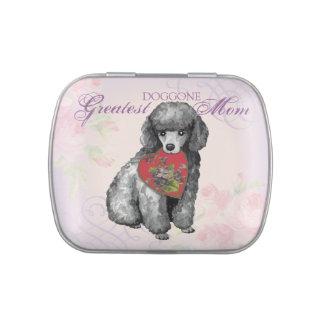 Mamá del corazón del caniche miniatura latas de caramelos