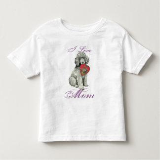 Mamá del corazón del caniche playera de bebé