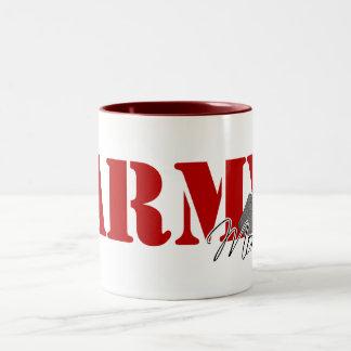 Mamá del ejército taza de café de dos colores
