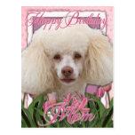 Mamá del feliz cumpleaños - caniche tarjeta postal