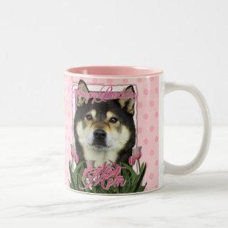 Mamá del feliz cumpleaños - Shiba Inus - Yasha Tazas De Café