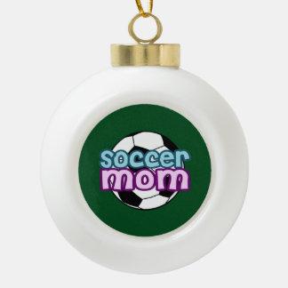 Mamá del fútbol adorno de cerámica en forma de bola
