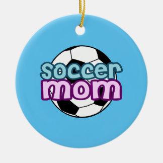 Mamá del fútbol adorno navideño redondo de cerámica