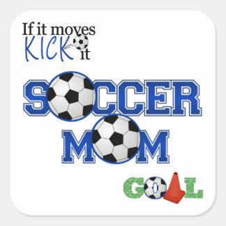Mamá del fútbol calcomanías cuadradas