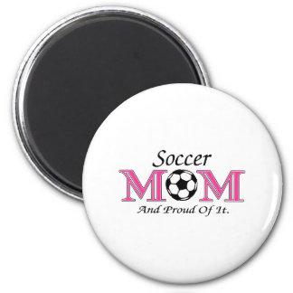 Mamá del fútbol y orgulloso de él imán redondo 5 cm
