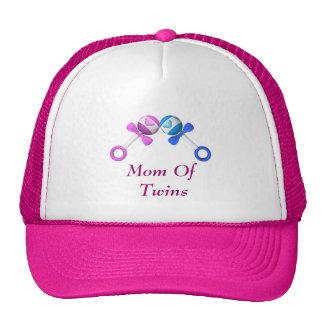 Mamá del gorra de los gemelos (muchacho, chica)