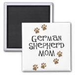 Mamá del pastor alemán imán de frigorifico