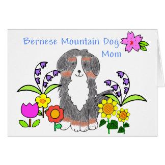 Mamá del perro de Bernese Mtn Felicitaciones