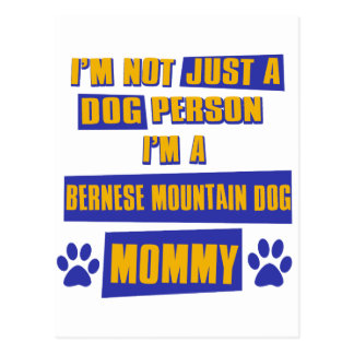 Mamá del perro de montaña de Bernese Postal