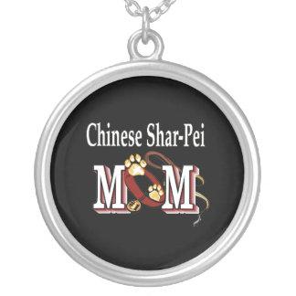 Mamá del perro de Shar-Pei del chino Colgante Redondo
