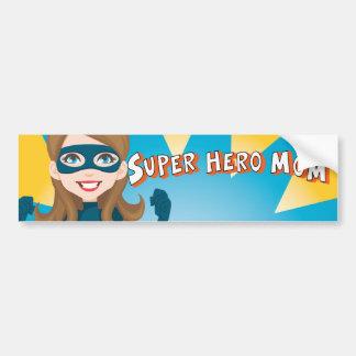 Mamá del superhéroe etiqueta de parachoque