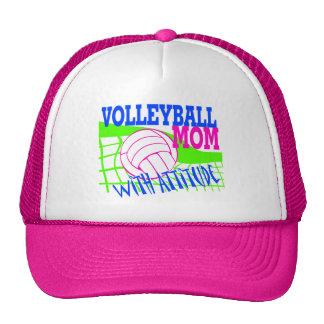Mamá del voleibol con actitud gorras de camionero