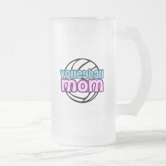 Mamá del voleibol taza de cristal