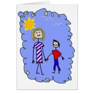 Mamá e hijo hacia fuera para un paseo tarjeta de felicitación