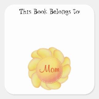Mamá (flor amarilla) calcomanía cuadradas personalizada