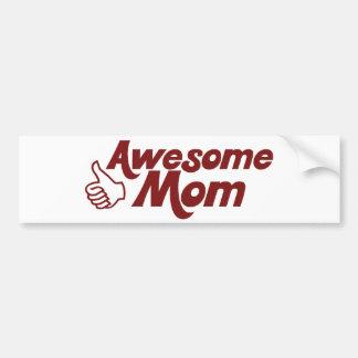 Mamá impresionante para el día de madres etiqueta de parachoque