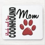 Mamá negra y del moreno 2 del Coonhound Alfombrilla De Ratones