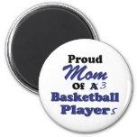 Mamá orgullosa de 3 jugadores de básquet iman de nevera