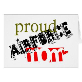 mamá orgullosa de la fuerza aérea tarjeta de felicitación