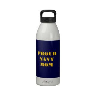 Mamá orgullosa de la marina de guerra de la botella de agua reutilizable