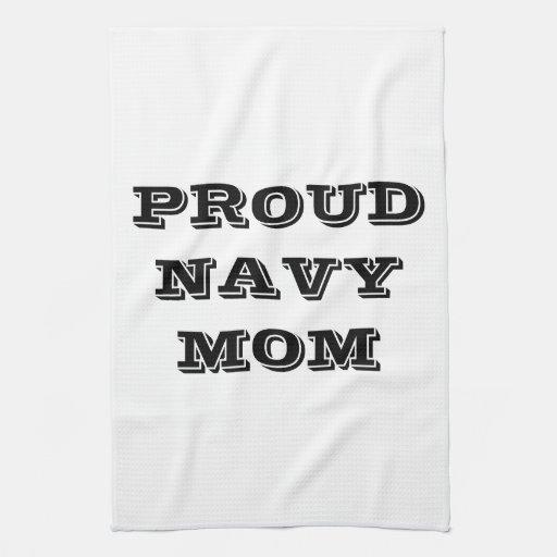 Mamá orgullosa de la marina de guerra de la toalla