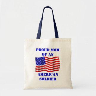 Mamá orgullosa de una bolsa de asas americana de l