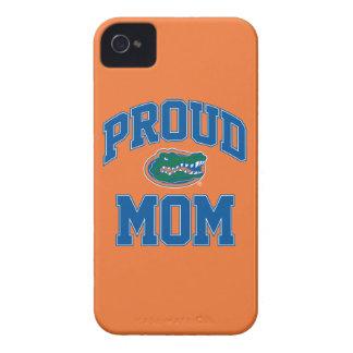 Mamá orgullosa del cocodrilo iPhone 4 Case-Mate cárcasa