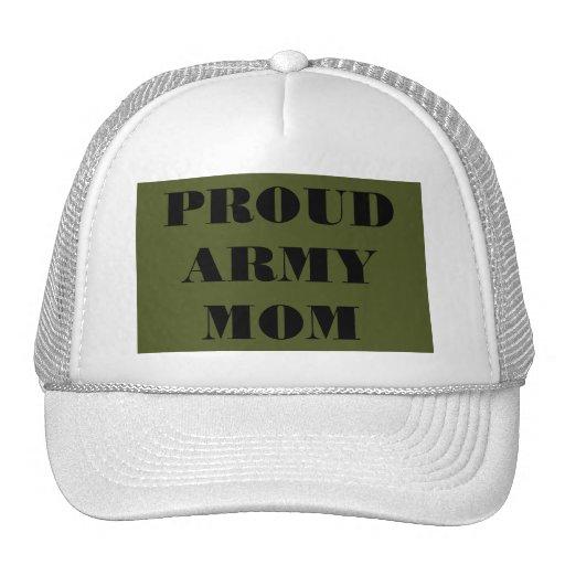 Mamá orgullosa del ejército del gorra