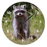Mamá Raccoon Relojes De Pared