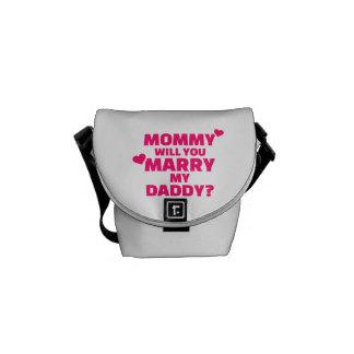 Mamá usted casará a mi papá bolsa messenger