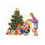 Mamá y niños de Navidad del vintage Tarjetas Postales